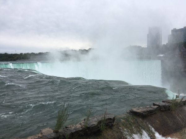 Day Trip to Niagara Falls - US and Canadian Sides featured by top travel blog, The Common Traveler: itinerary view of Horseshoe Falls from US side