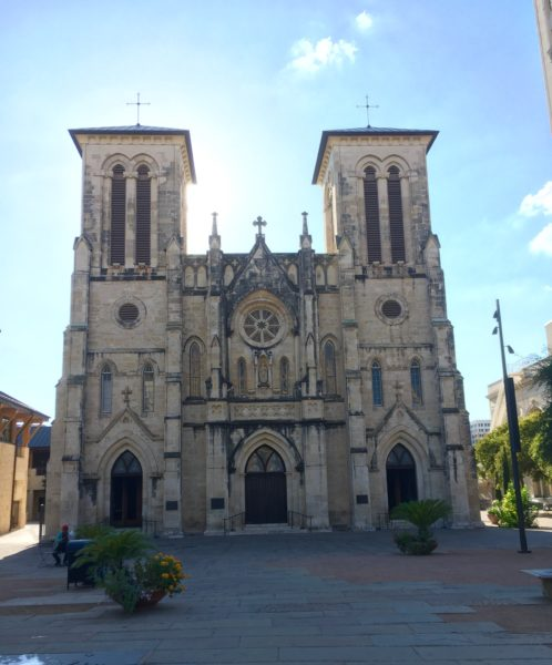 10 Things to Do and See in San Antonio for the weekend, a travel guide featured by top US travel blog, The Common Traveler: colonial church in San Antonio
