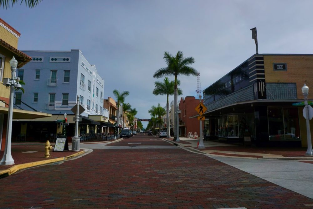 Best things to do in Fort Myers, Florida featured by top US travel blog, The Common Traveler: image of Downtown Fort Myers street