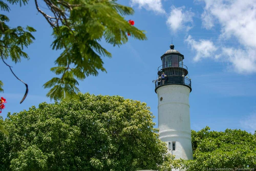 TOP 20 BEST WEEKEND GETAWAYS IN THE US featured by top US travel blog, The Common Traveler: image of  lighthouse in Key West, FL