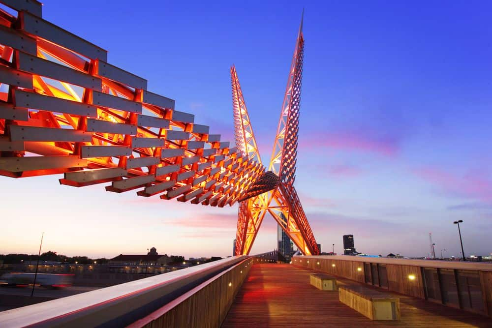 TOP 20 BEST WEEKEND GETAWAYS IN THE US featured by top US travel blog, The Common Traveler: image of  Oklahoma City bridge