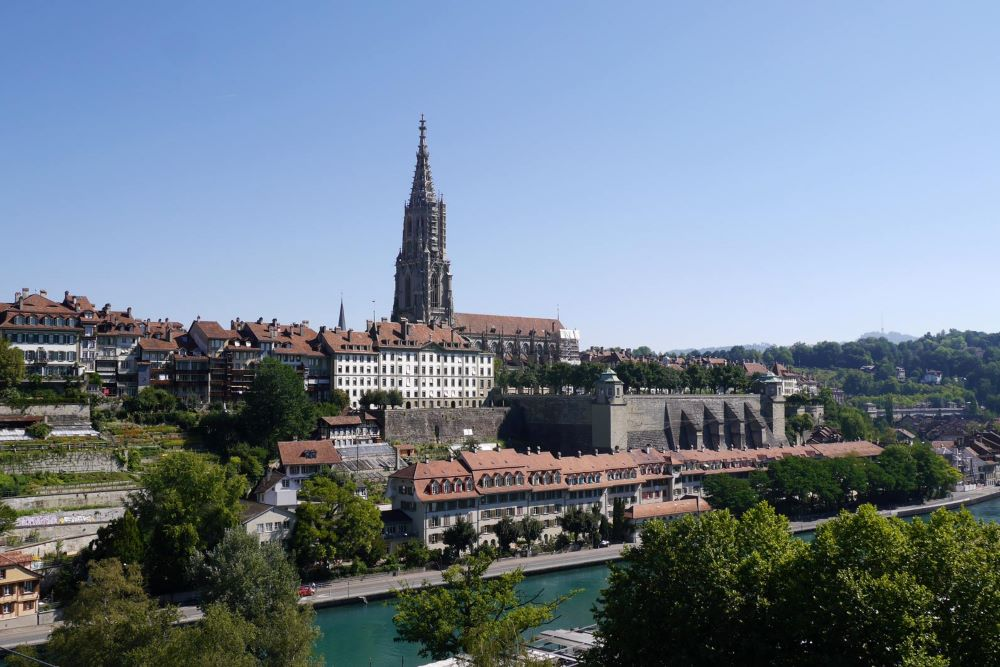 TOP 6 BEST SIGHTS IN SWITZERLAND TO SEE IN 48 HOURS featured by top travel blogger, The Common Traveler: image of Bern's UNESCO World Heritage Site