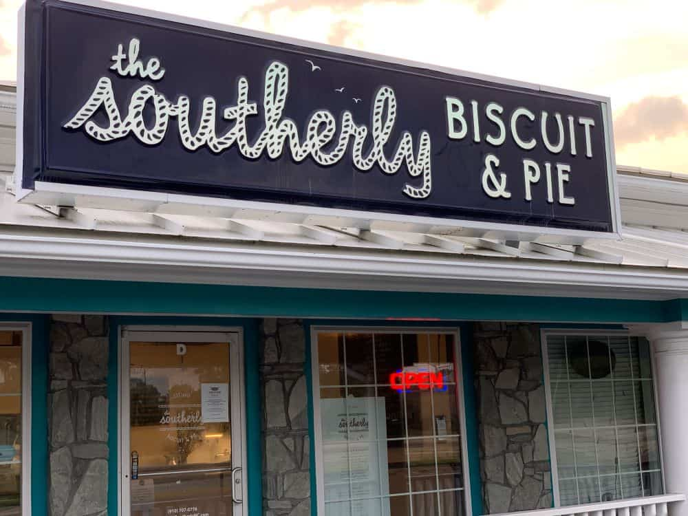 TOP 10 BEST BISCUITS IN NORTH CAROLINE YOU SHOULD TRY featured by top NC blogger, The Common Traveler: The Southerly Biscuit & Pie in Carolina Beach