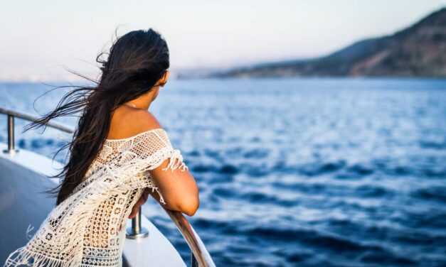8 Tips for Solo Cruising