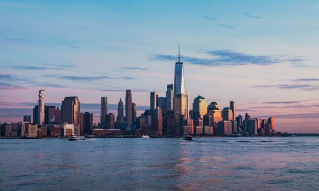 5 Top Places To Visit in New York City AT LEAST Once