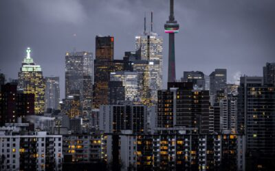 THE BEST THINGS TO DO IN TORONTO, Canada's Largest City