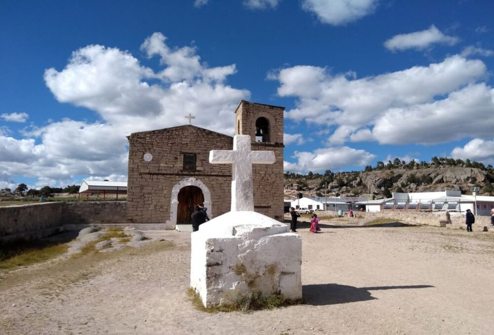 Mexico's Pueblos Magicos Worth Visiting by The Common Traveler: Image of church in Creel. |Pueblos Magicos Mexico by popular US international blog, The Common Traveler: image of Creel Chihuaha.